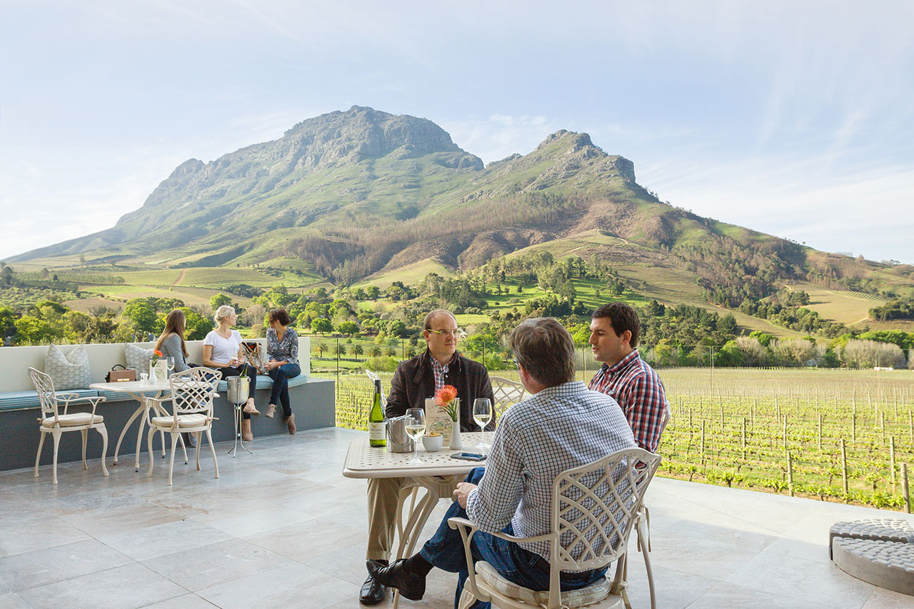 banhoek-lodge-patio-05